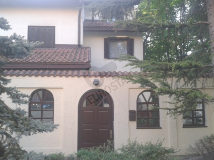 Kuća BEŽANIJSKA KOSA 1 185000 EUR
