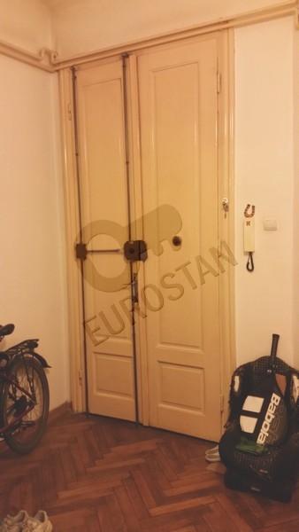 Stan KRALJA PETRA 220000 EUR