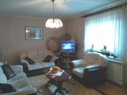 Kuća ZEMUN POLJE 130000 EUR