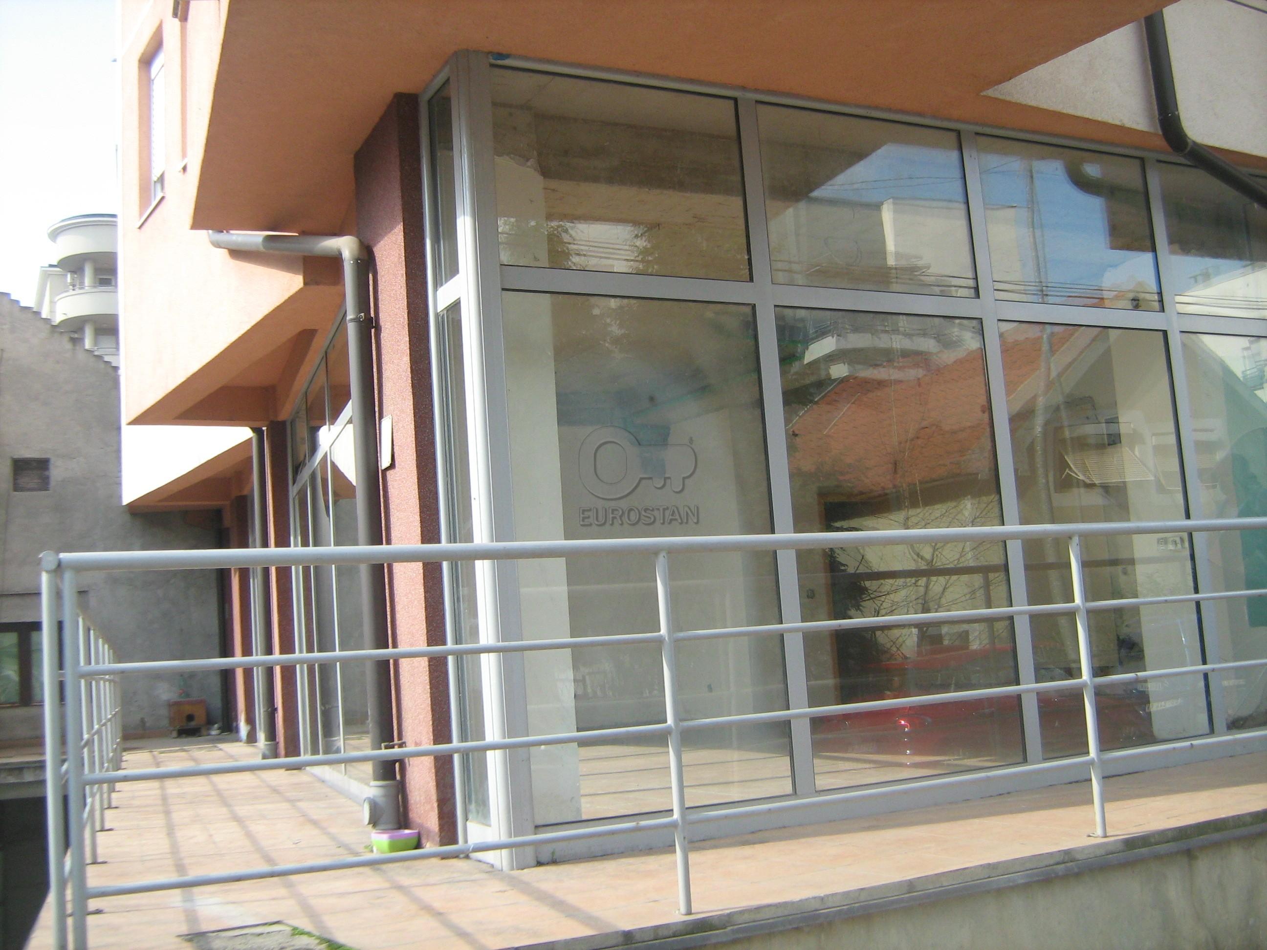 Poslovni prostor VOJVODE STEPE 37400 EUR