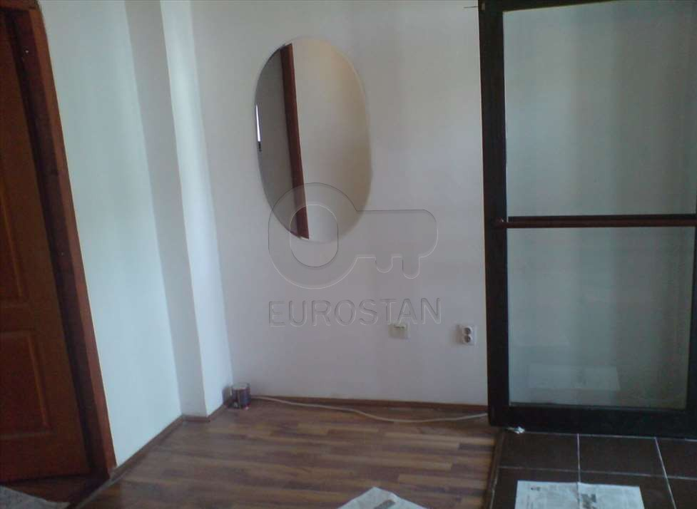 Stan EKONOMSKI FAKULTET 33500 EUR
