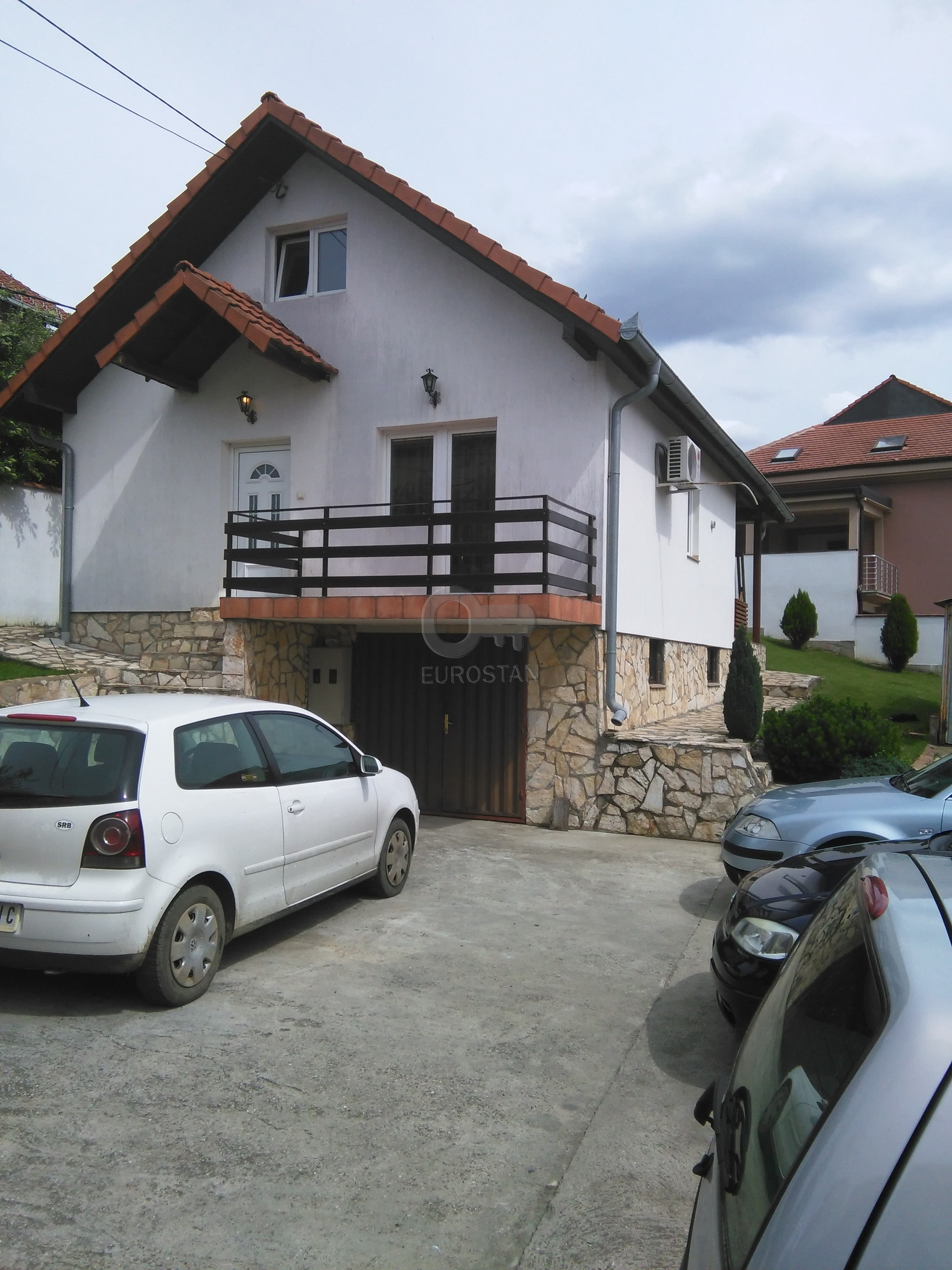 Kuća PETLOVO BRDO 90000 EUR