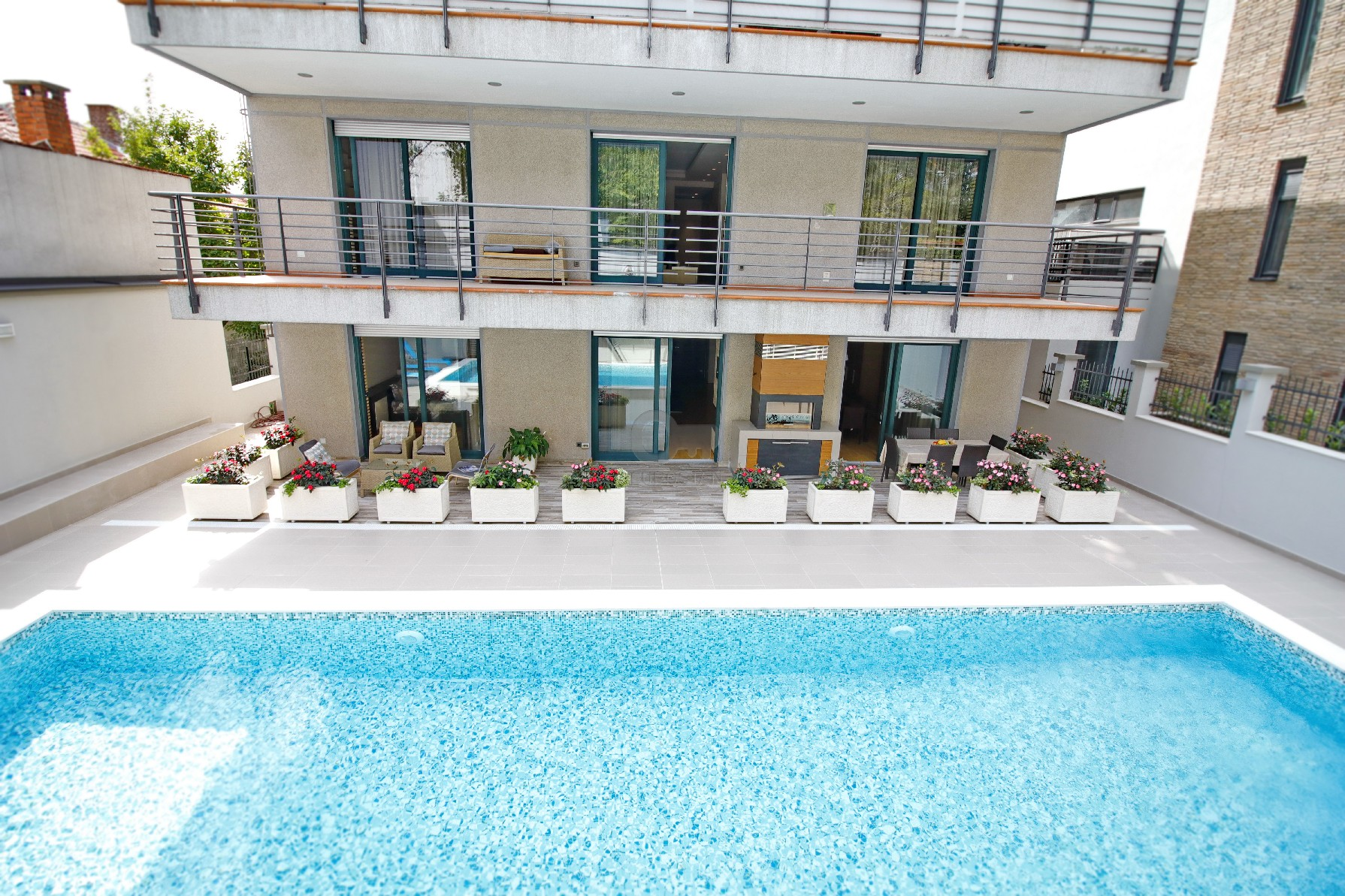 Kuća HRAM SVETOG SAVE 1650000 EUR