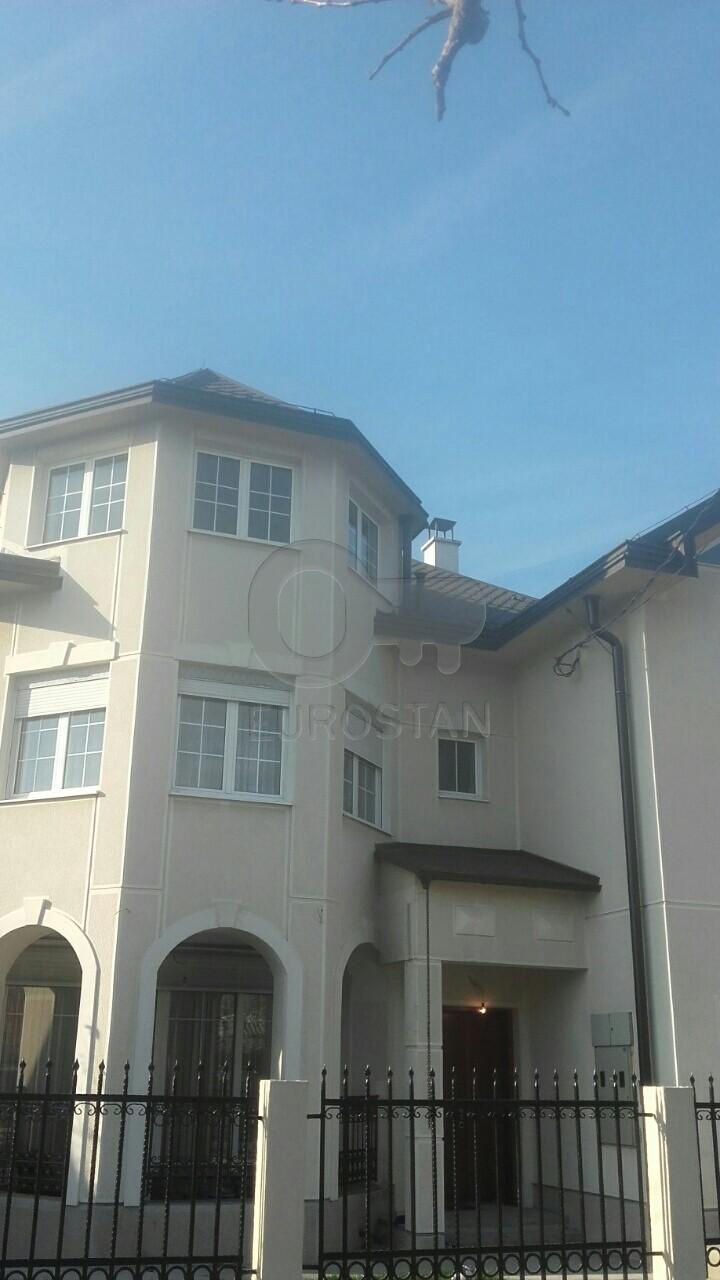 Kuća ALTINA 260000 EUR