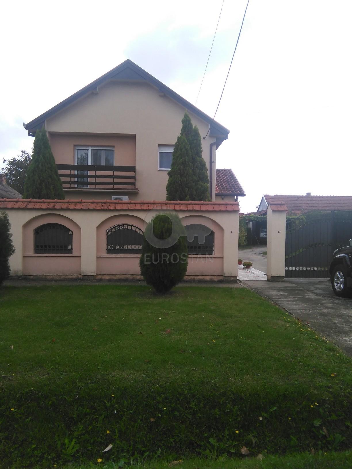 Kuća PETROVČIĆ 97900 EUR
