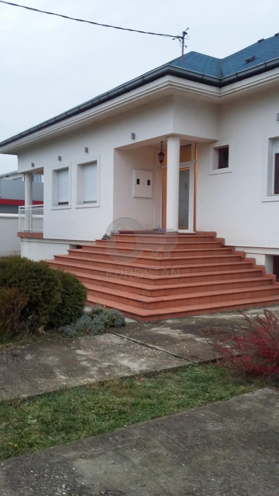 Kuća ALTINA 420000 EUR