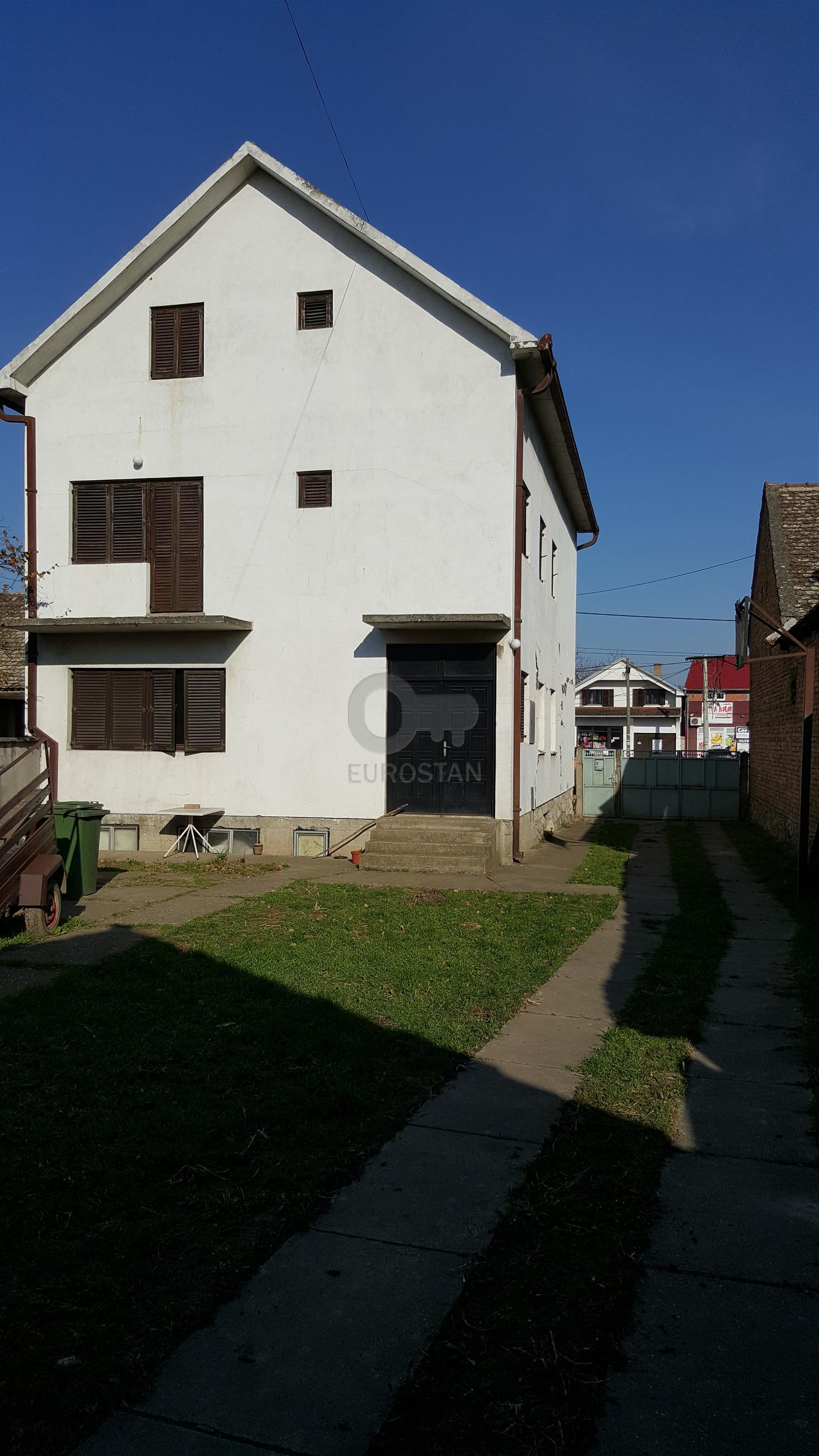 Kuća BATAJNICA 180000 EUR