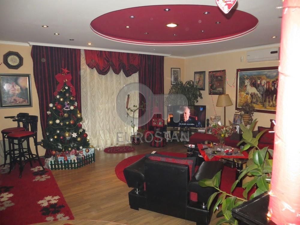 Kuća SURČIN 130000 EUR