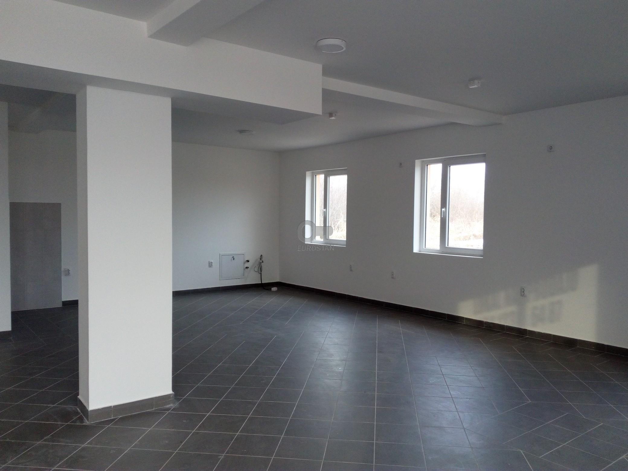 Poslovni prostor SURČIN 56000 EUR