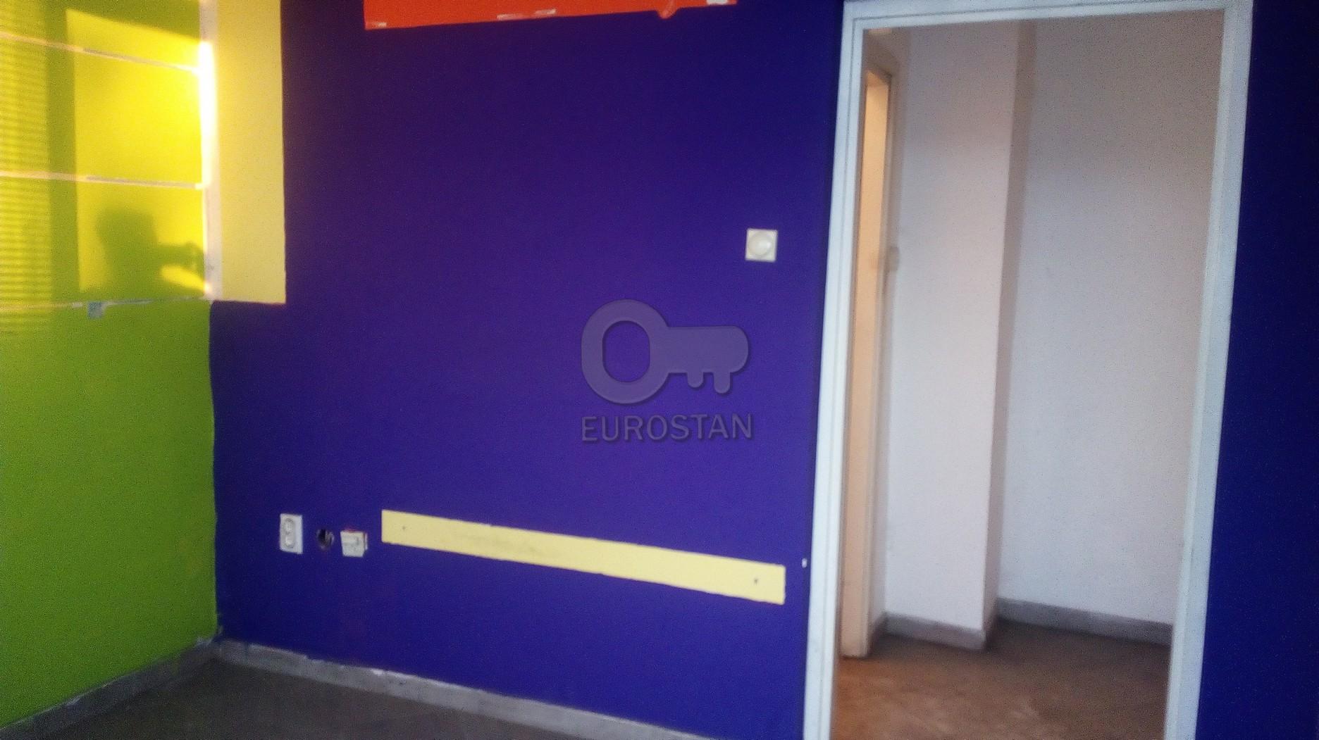 Poslovni prostor , Beograd (grad) , Izdavanje | Poslovni Prostor Čukarička Padina 100 Eur