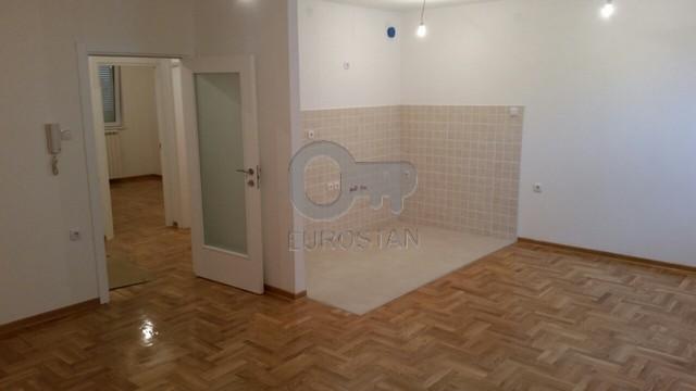 Stan ALTINA 43500 EUR