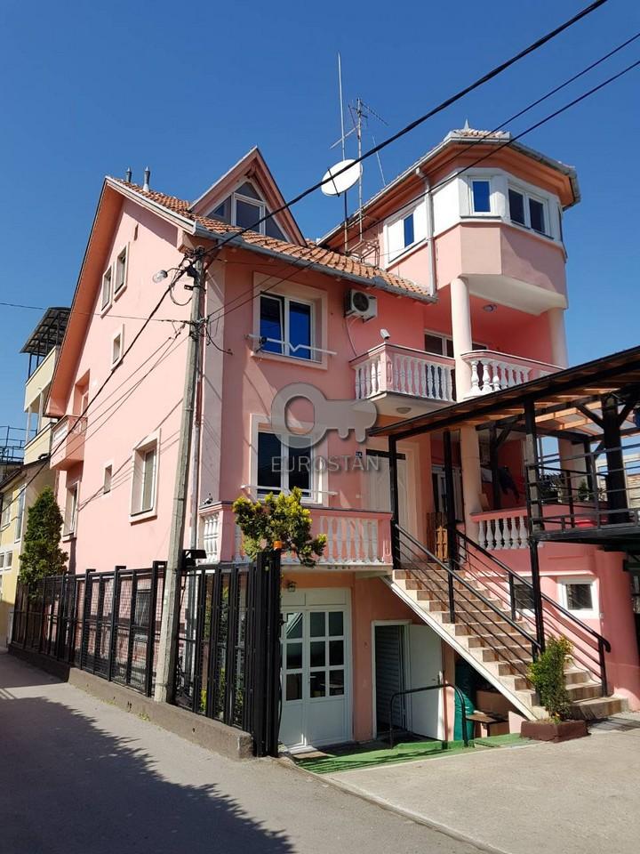 Kuća RETENZIJA 350000 EUR