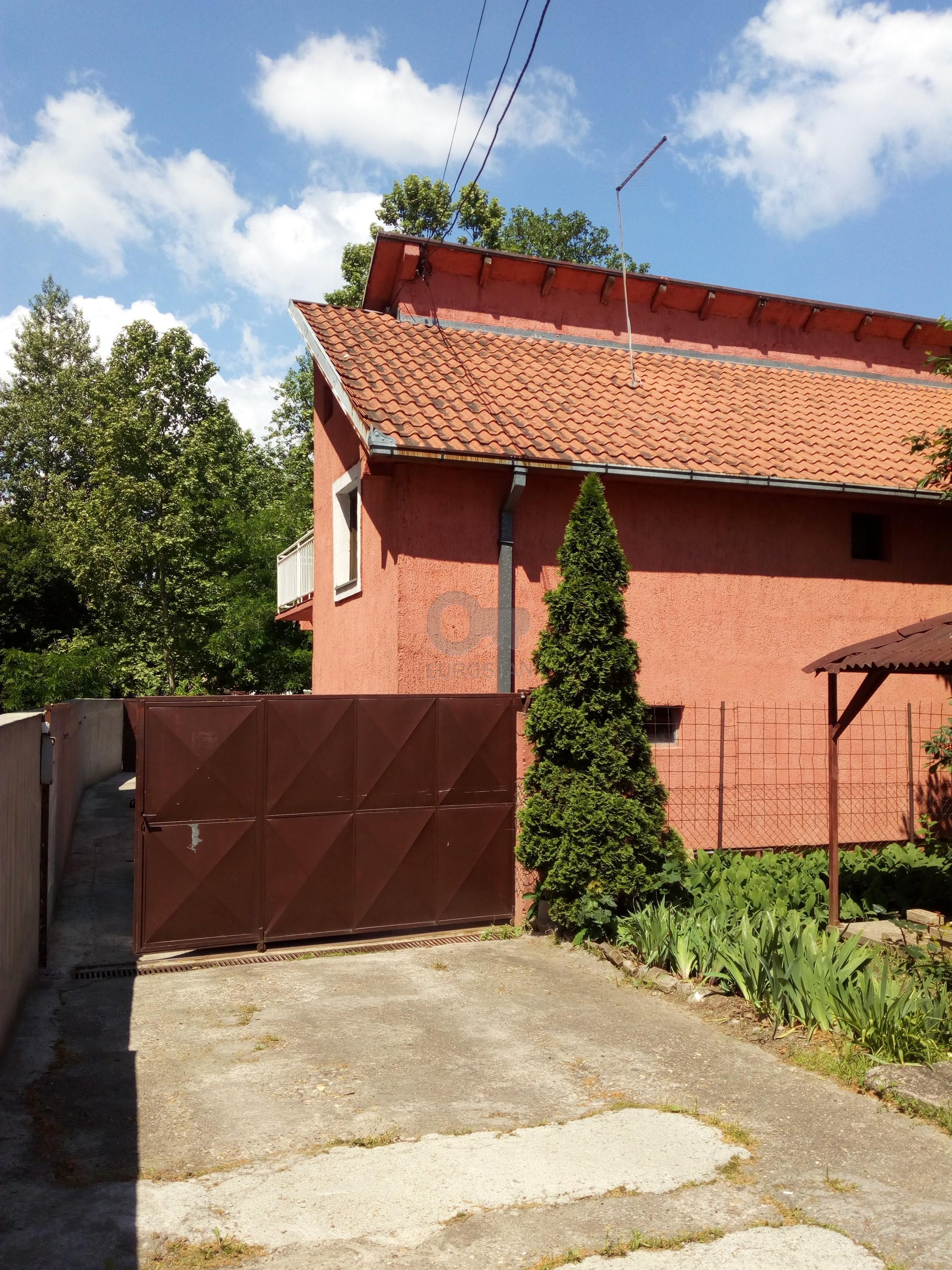 Kuća ZEMUN GORNJI GRAD 110000 EUR