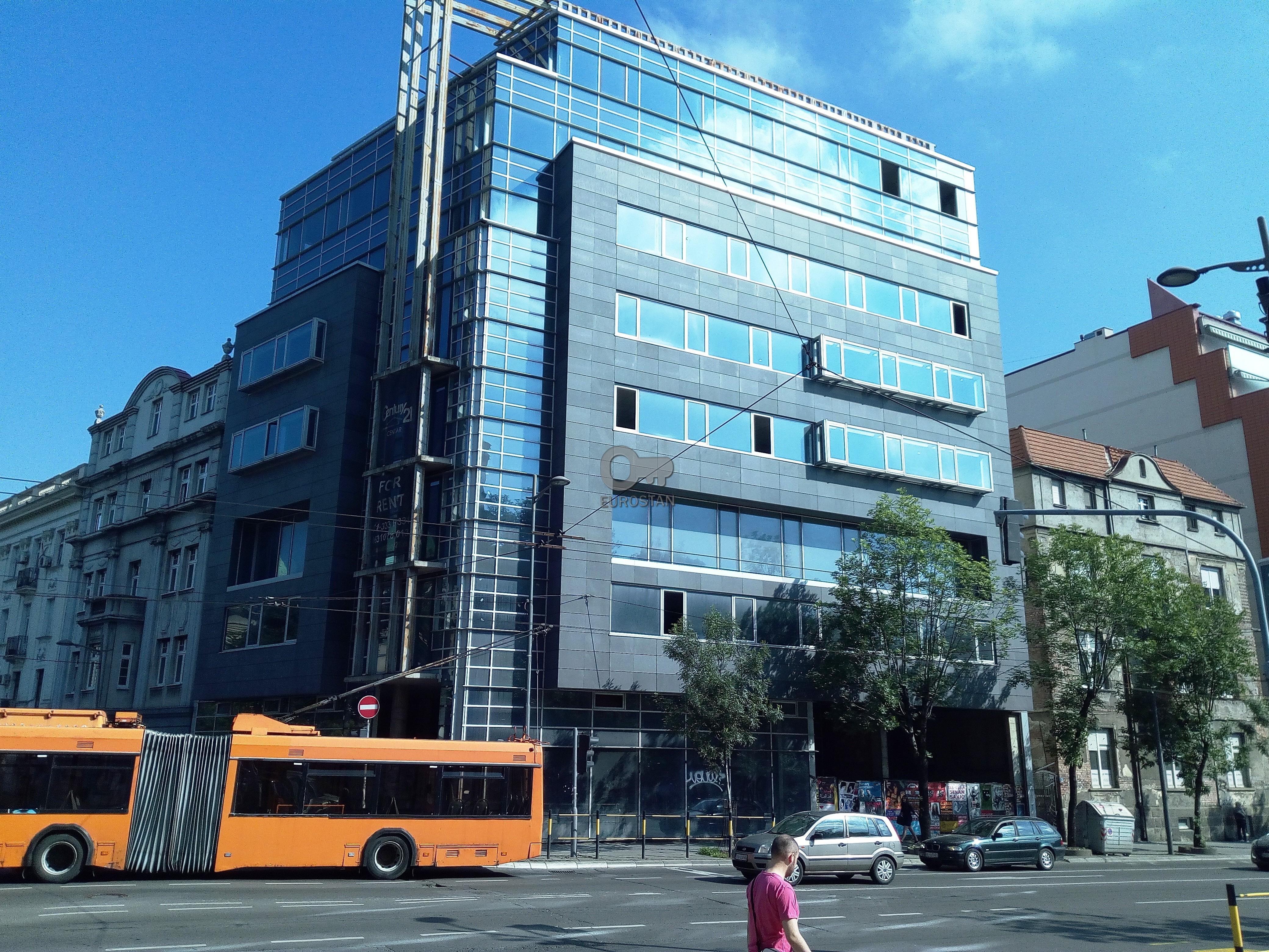 Poslovni prostor CENTAR 3000000 EUR