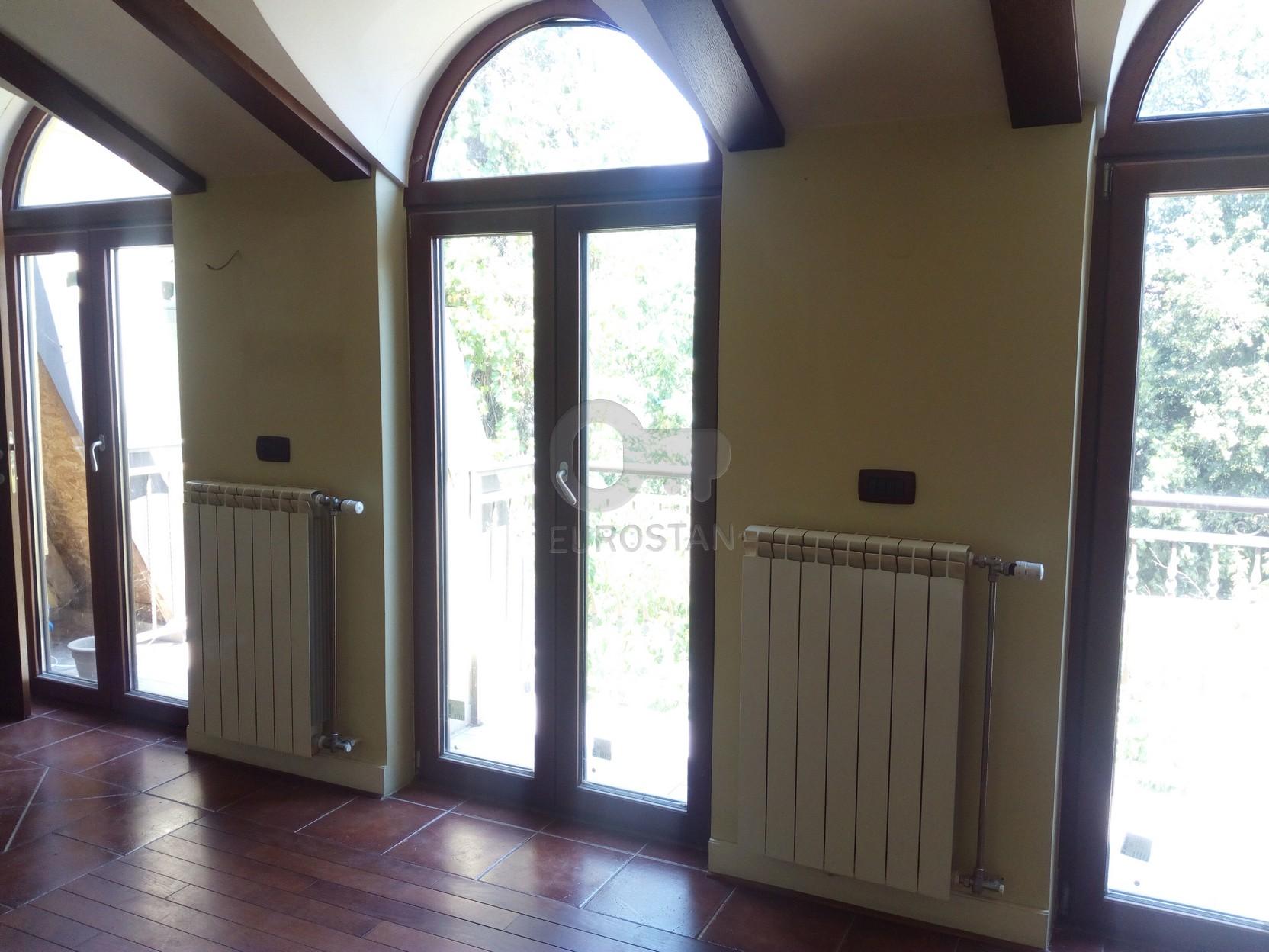 Kuća ZEMUN CENTAR 295000 EUR