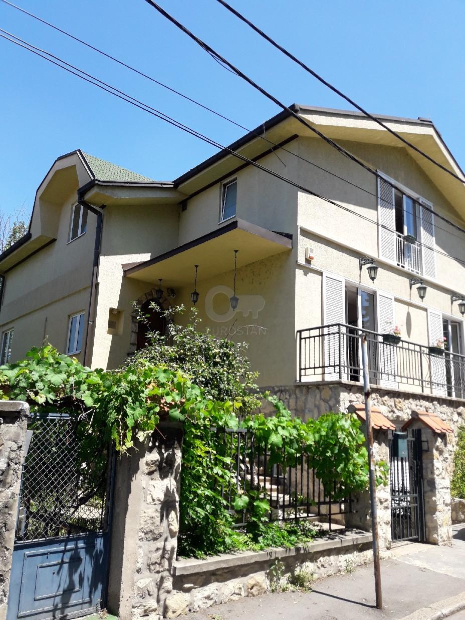 Kuća SENJAK 650000 EUR