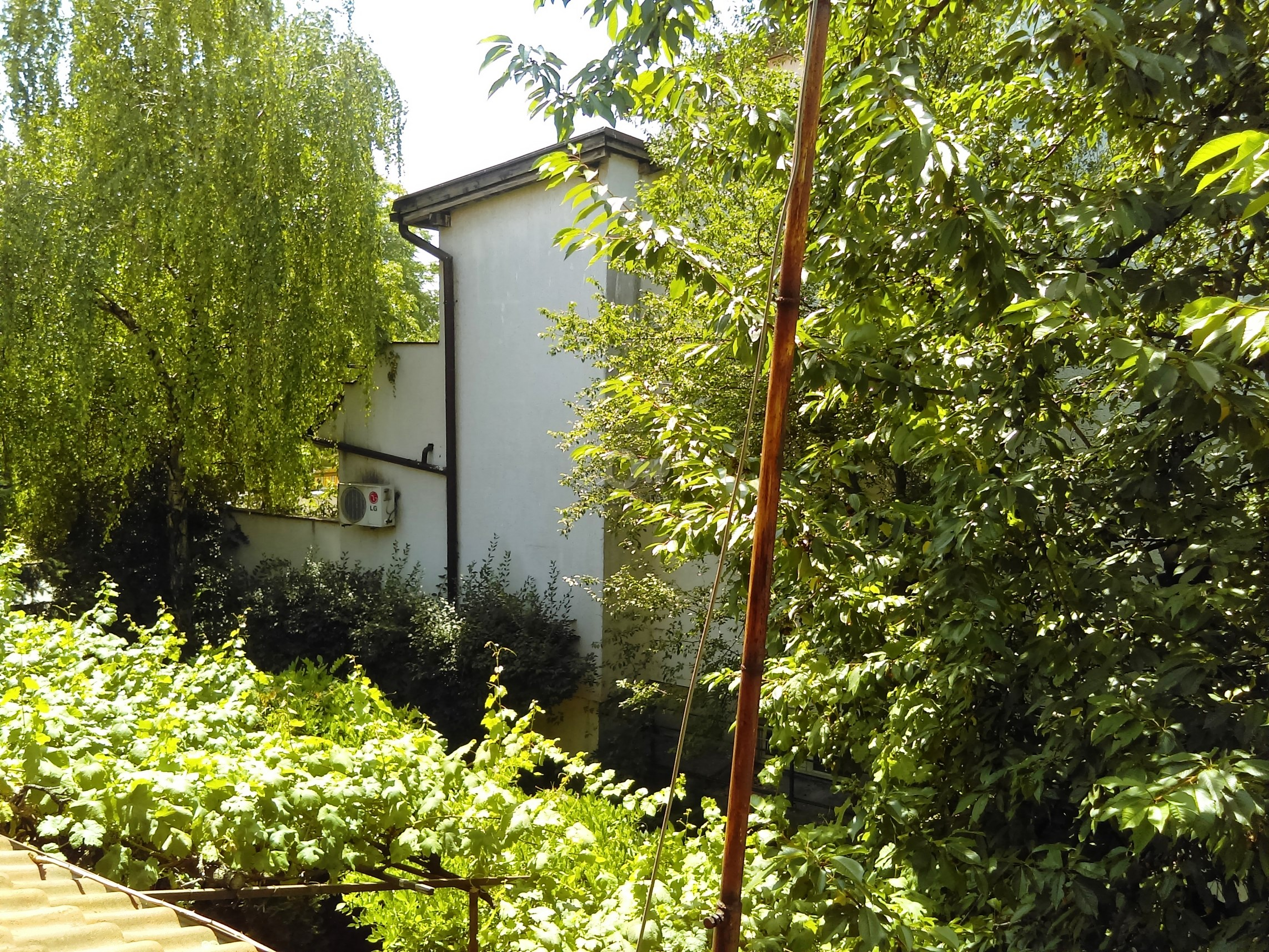 Kuća BEŽANIJSKA KOSA 1 230000 EUR