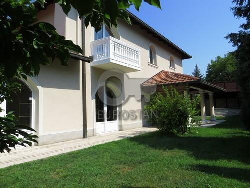 Kuća STARI KOŠUTNJAK 3000 EUR
