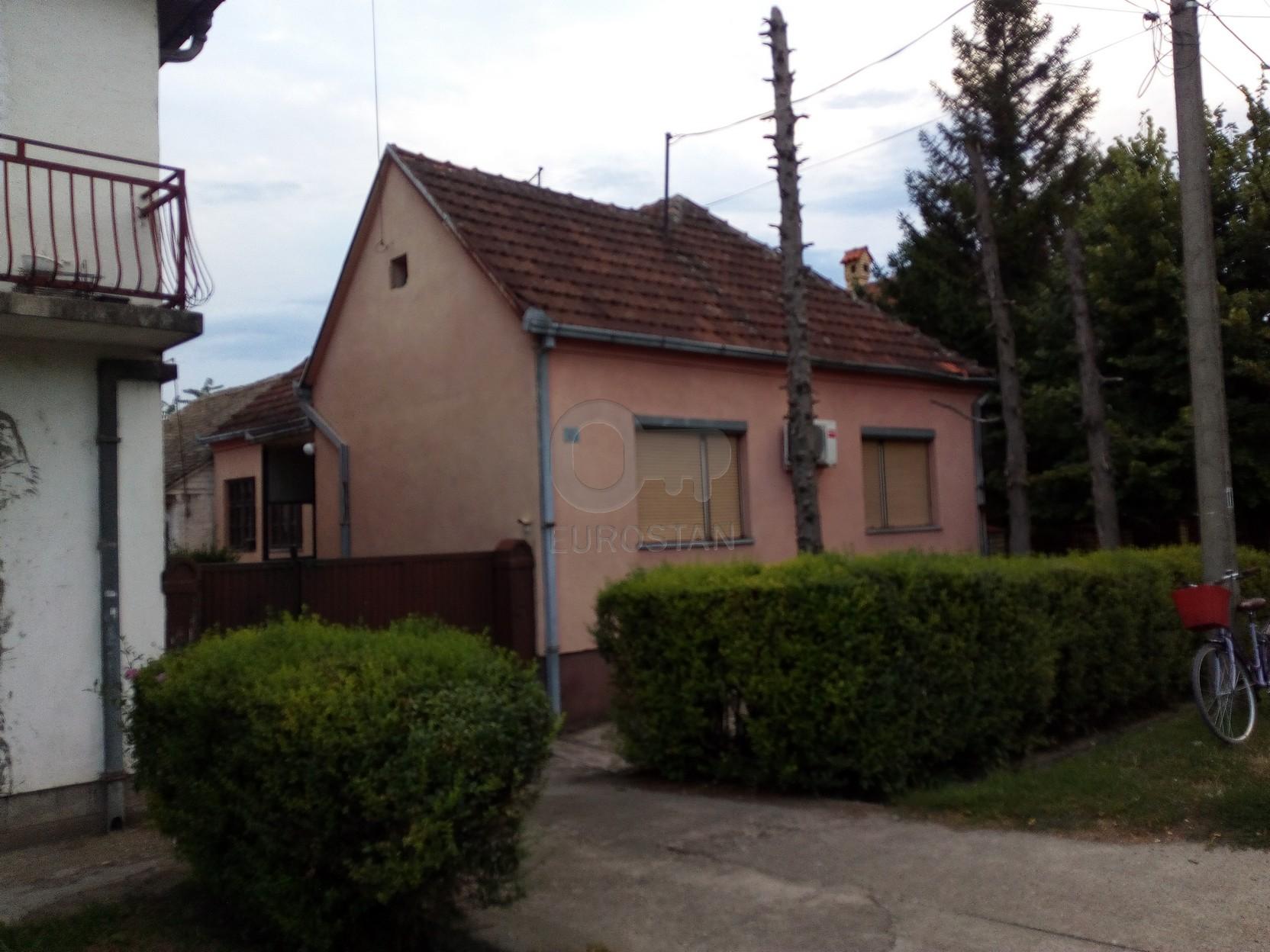 Kuća NOVA PAZOVA 45000 EUR