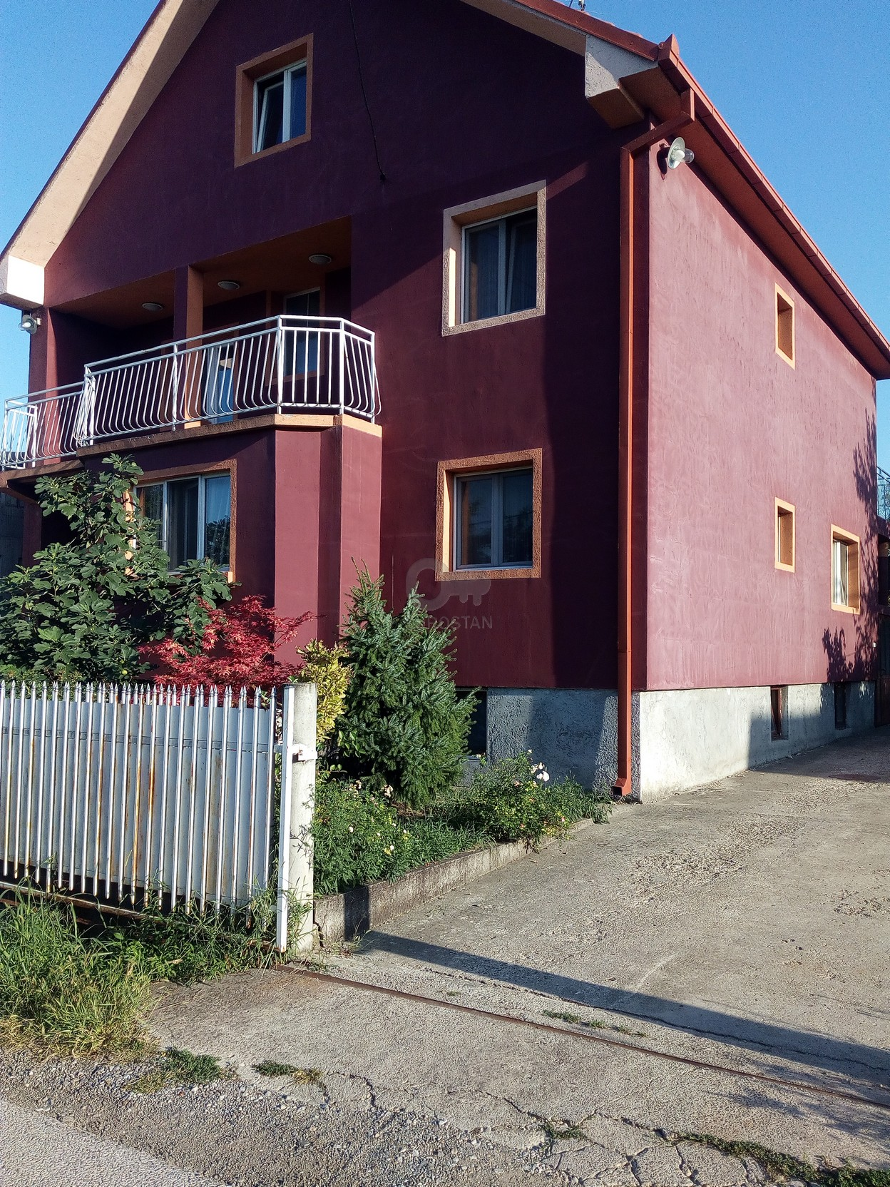 Kuća ALTINA 195000 EUR