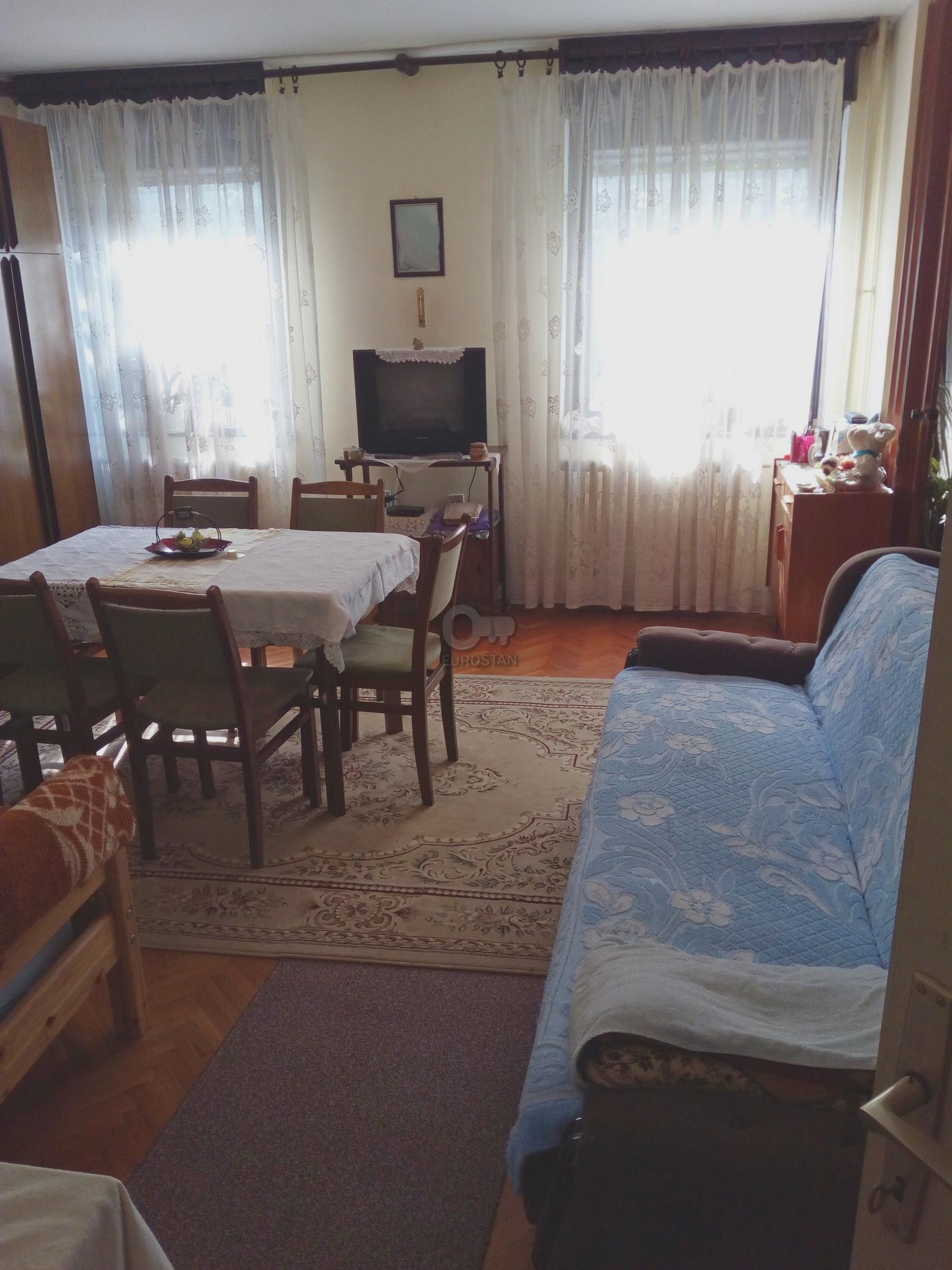 Stan ČUKARIČKA PADINA 44900 EUR