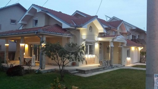 Kuća ALTINA 230000 EUR