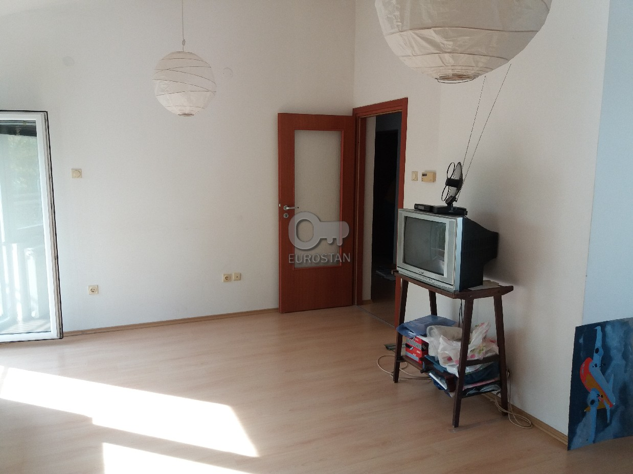 Stan , Beograd (grad) , Prodaja | Stan Kotež 38000 Eur