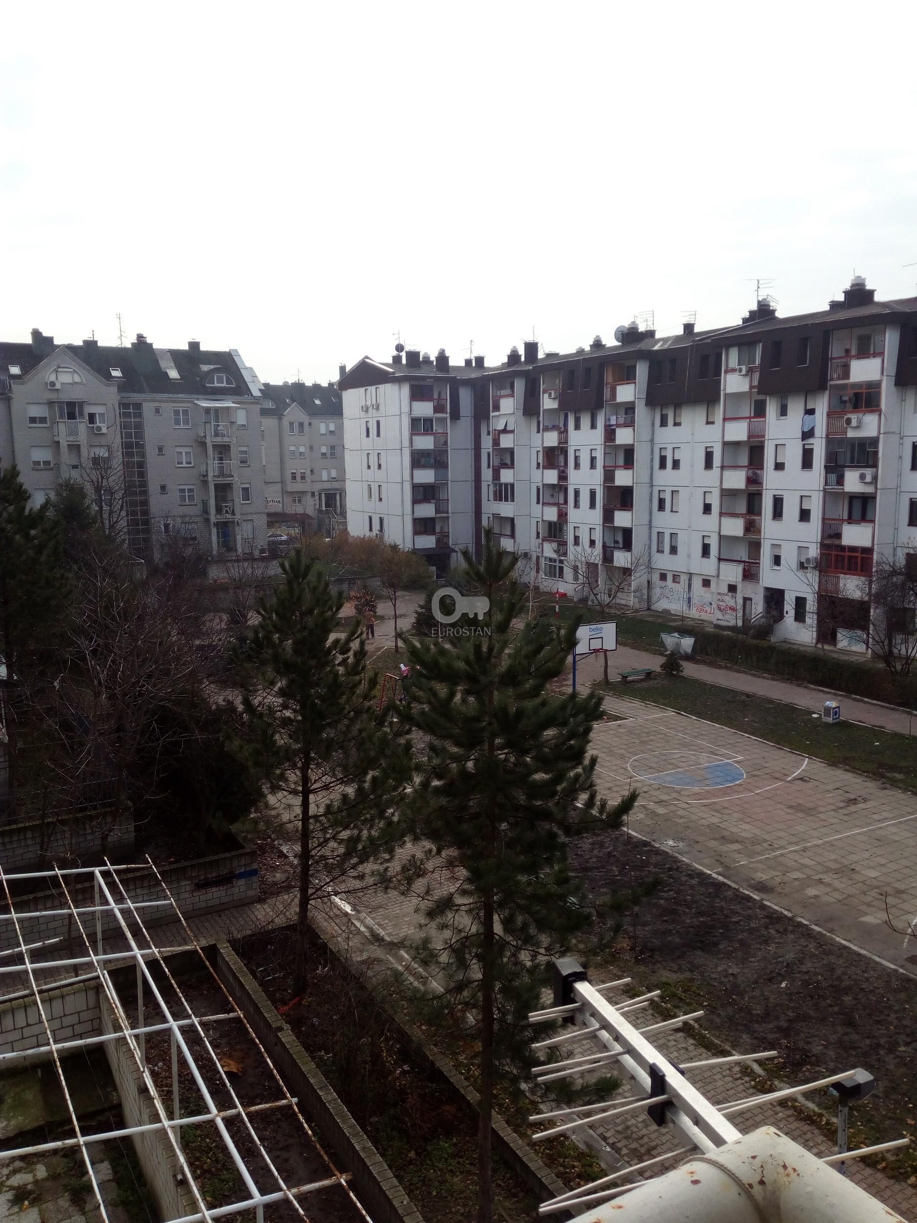 Stan BORČA 31000 EUR