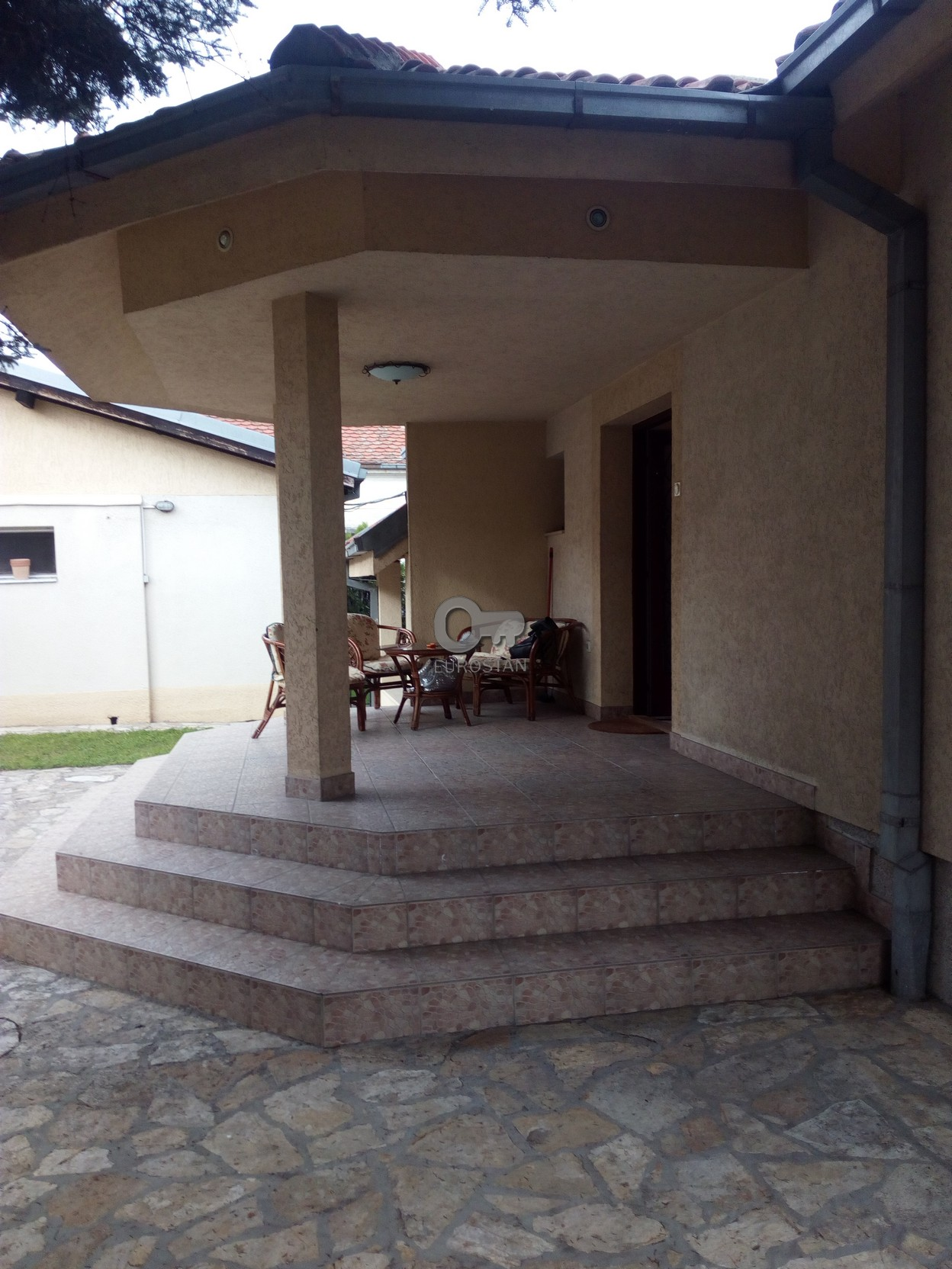 Kuća PREGREVICA 1200 EUR
