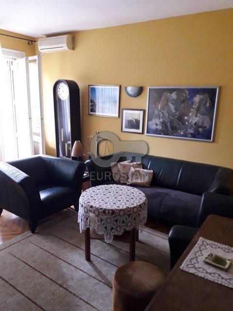 Kuća DEDINJE 770000 EUR