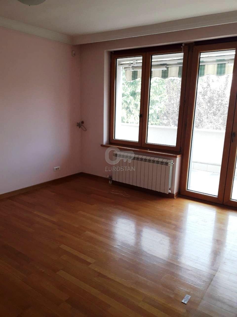 Kuća DEDINJE 1250000 EUR
