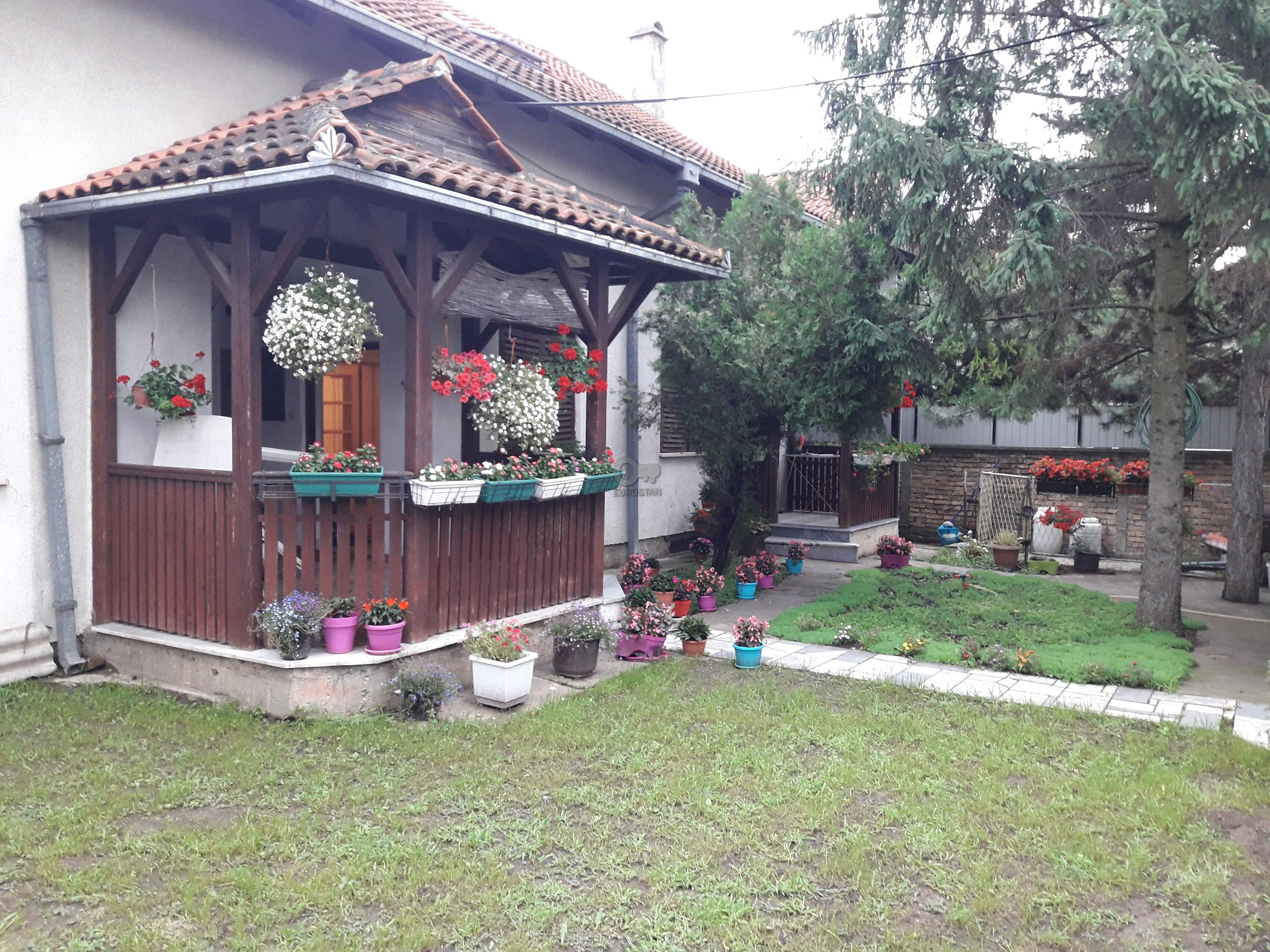 Kuća NOVI GRAD 160000 EUR