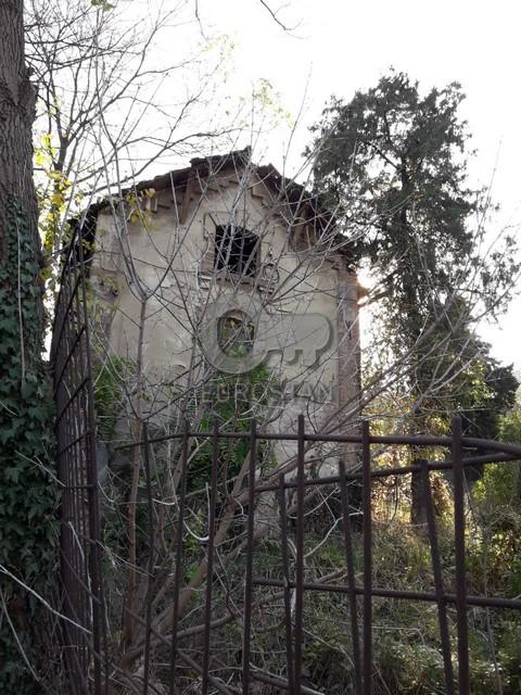 Kuća DEDINJE 2500000 EUR