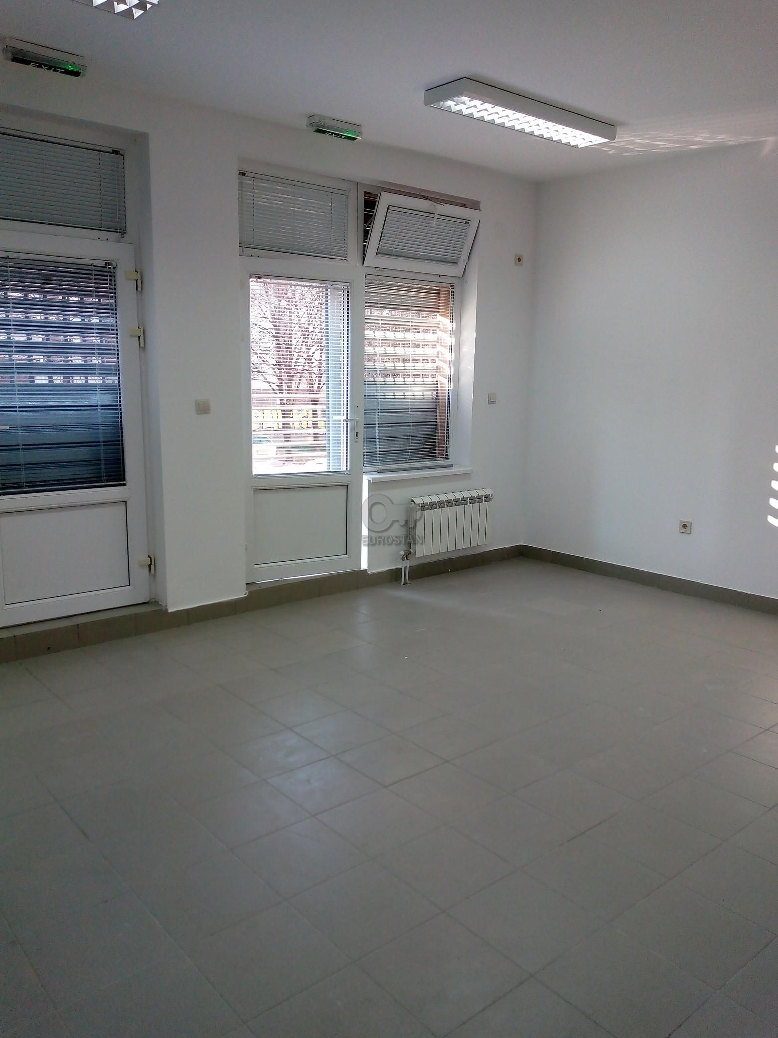 Poslovni prostor CERAK 250 EUR