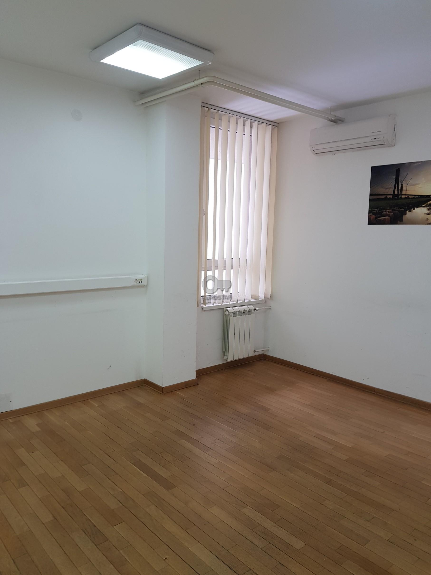 Poslovni prostor GRADSKA BOLNICA 12800 EUR