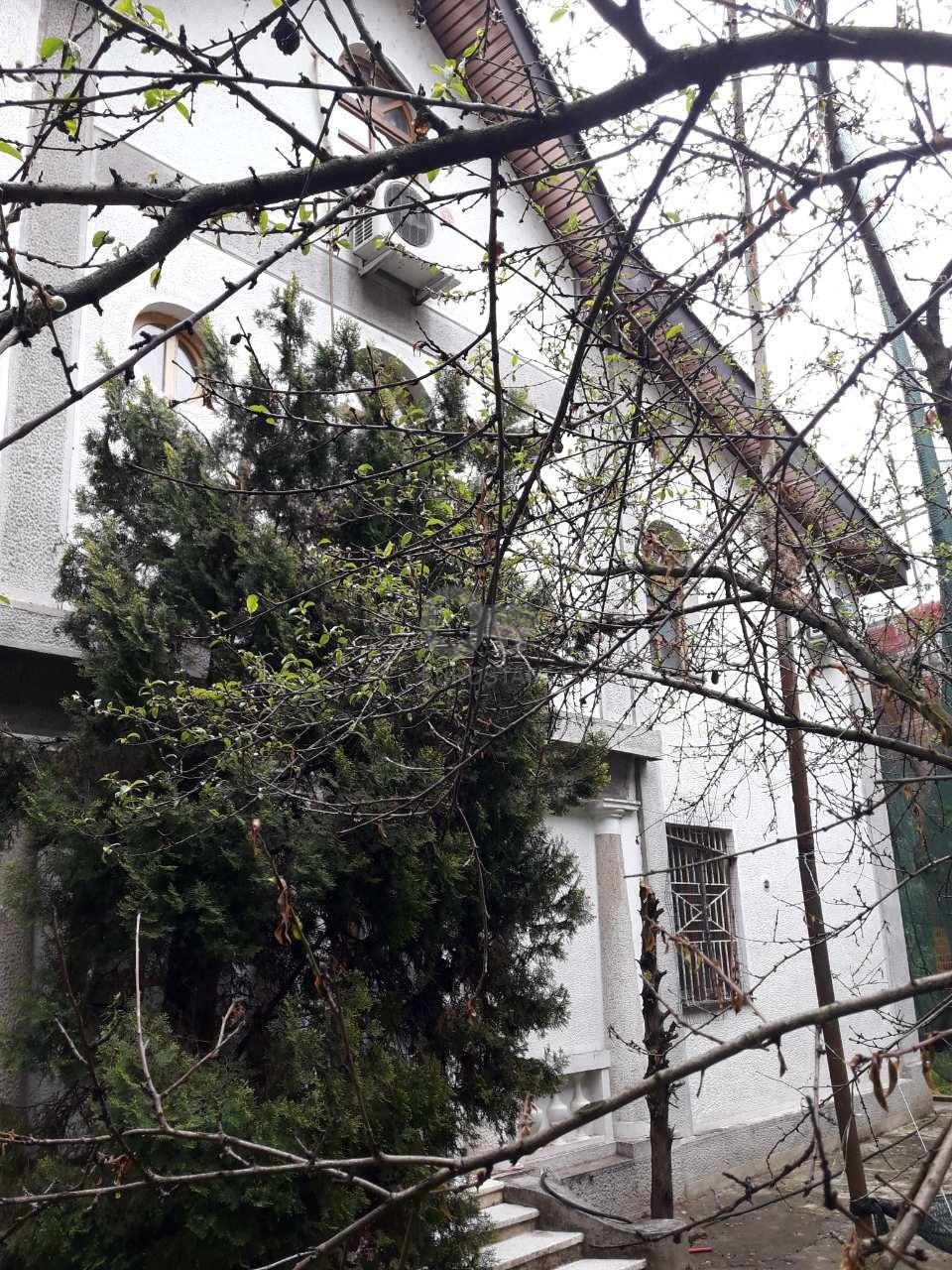 Kuća DEDINJE 1400000 EUR